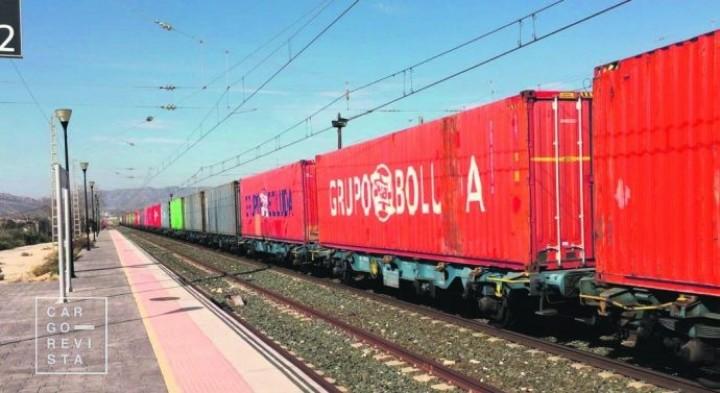 Conexão ferroviária Yiwu-Madrid já rendeu tráfego de 500 mil contentores desde 2014