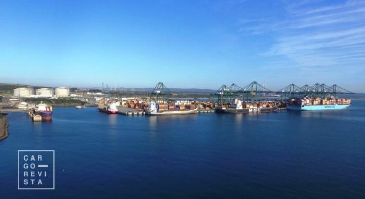 Carga contentorizada: relação comercial do Porto de Sines com portos chineses cresceu 19,7%;