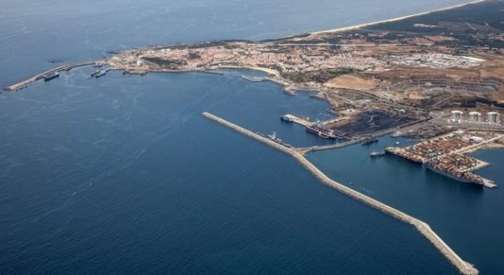 """Porto de Sines encarado como a """"peça-chave"""" da nova relação comercial entre China e Portugal"""
