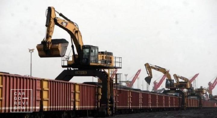 -Investimentos de 40 milhões : Caminhos-Ferro de Moçambique receberam 5 novas locomotivas