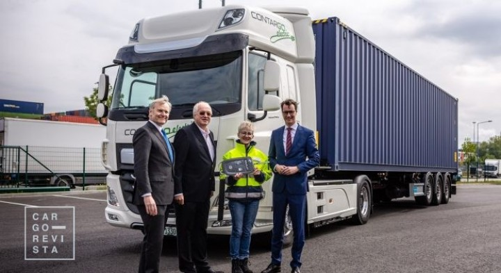 DAF Trucks entrega dois camiões elétricos à Contargo, subsidiária da Rhenus Logistics