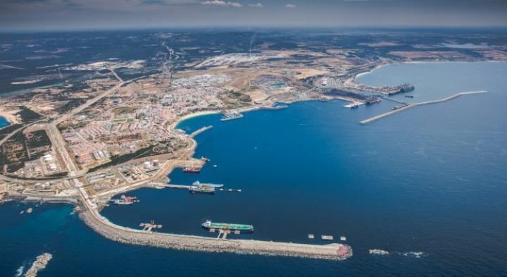 Porto de Sines entre os temas prioritários da visita de Marcelo Rebelo de Sousa à China