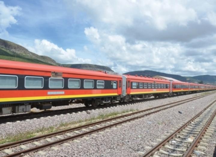 Angola estabelece ligações ferroviárias com a Namíbia