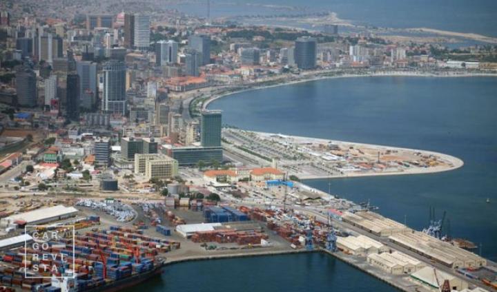 Governo angolano coloca concessão de terminal do Porto de Luanda em concurso internacional