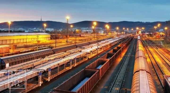 Adif e Plataforma Logística de Aragão avaliam projecto ferroviário Algeciras-Madrid-Saragoça