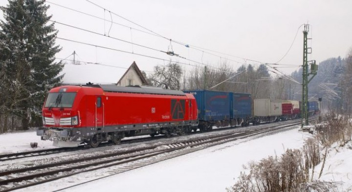 Umweltbundesamt divulga estudo: frete ferroviário é 6 vezes mais «limpo» que o rodoviário