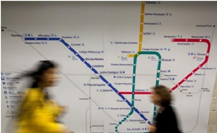 """Expansão do metro para Loures é """"investimento prioritário"""" para a área metropolitana. Parlamento debate petição"""