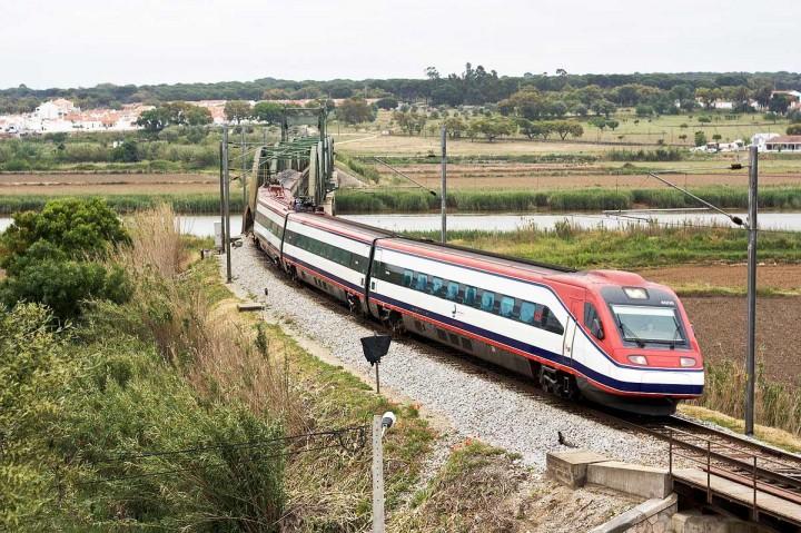Comissão Europeia propõe 2021 como Ano Europeu do Transporte Ferroviário
