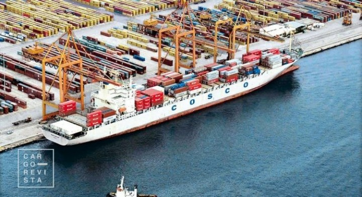 Pireu alcançou 2019 memorável e, com 5,6 milhões de TEU, já lidera no Mediterrâneo