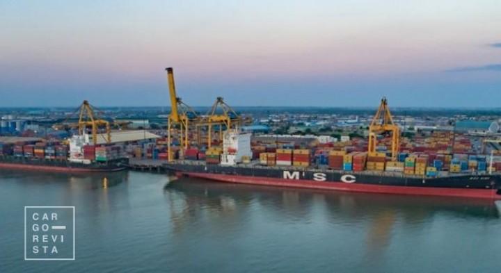 Porto da Beira fez história ao receber o seu maior navio de carga de sempre: o 'MSC Gina'