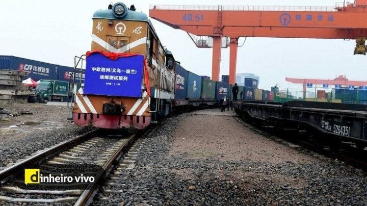 Não há pandemia que trave o comboio da China na Alemanha