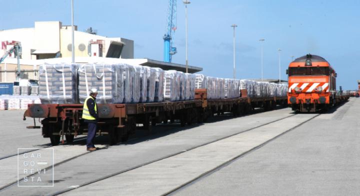 5G chega à ferrovia no Porto de Aveiro, por via de protocolo assinado entre APA e EFACEC
