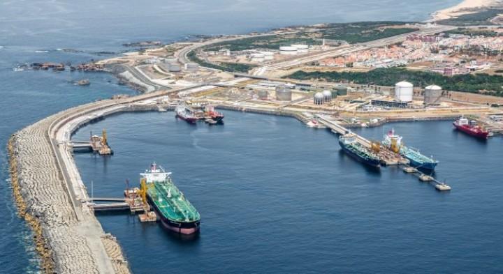 Recuo de -2,2%: portos do Continente movimentam 37,6 milhões de toneladas até Maio